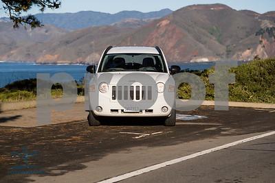 Jeep_Compass_White_5WUT913LOGO-15