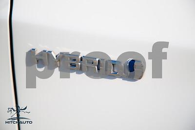 ToyotaPrius_White_6RTD868_LOGO-24