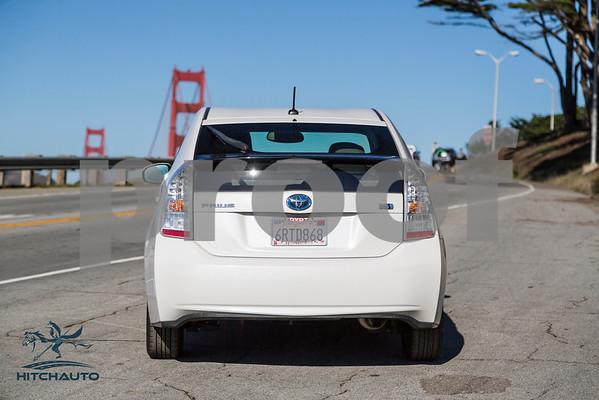 ToyotaPrius_White_6RTD868_LOGO-2