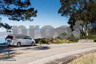 Toyota_Sienna_XLE White_6VJJ472_LOGO-20