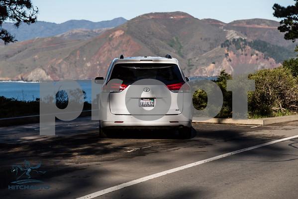 Toyota_Sienna_XLE White_6VJJ472_LOGO-14