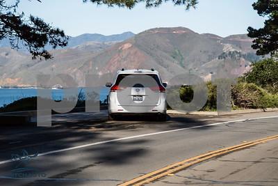 Toyota_Sienna_XLE White_6VJJ472_LOGO-13
