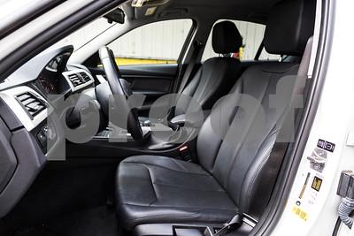 BMW320i_ White_ 7VZV8584-25