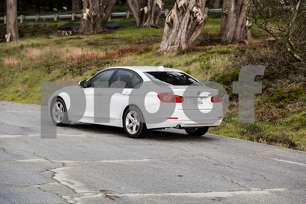 BMW320i_ White_ 7VZV8584-7