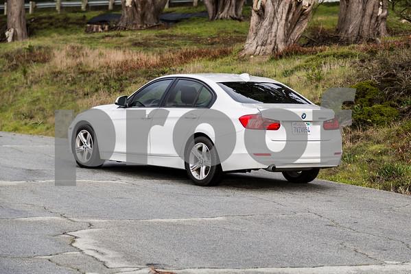 BMW320i_ White_ 7VZV8584-8