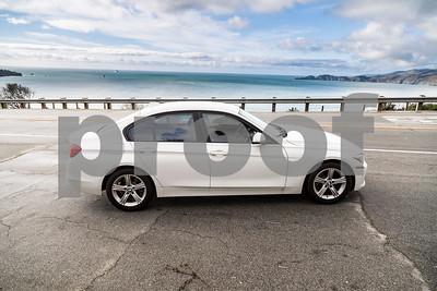 BMW320i_ White_ 7VZV8584-5