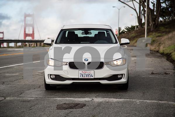 BMW320i_ White_ 7VZV8584-11