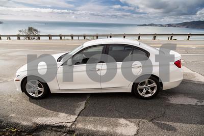 BMW320i_ White_ 7VZV8584-22