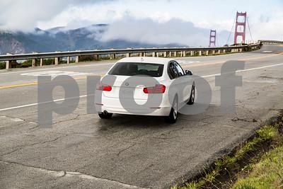 BMW320i_ White_ 7VZV8584-3