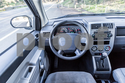Jeep_Compass_White_5WUT913-28