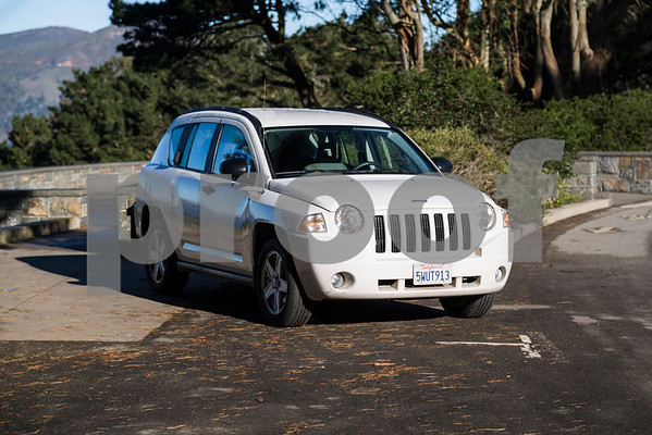 Jeep_Compass_White_5WUT913-13