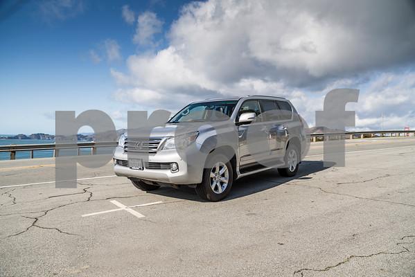 LexusGX460_Silver_7UTC493-12