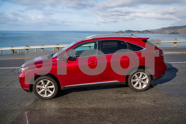 Lexus_RX350_Red_7UTC496-11