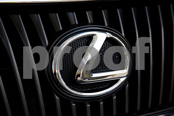 Lexus_RX350_Red_7UTC496-40