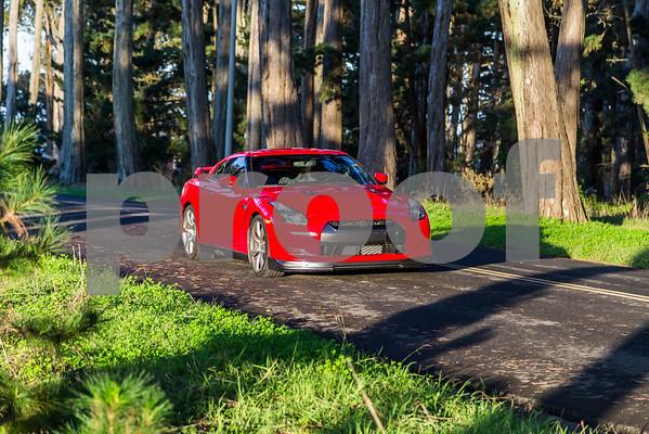 NissanGTR_Red_XXXXXX-15