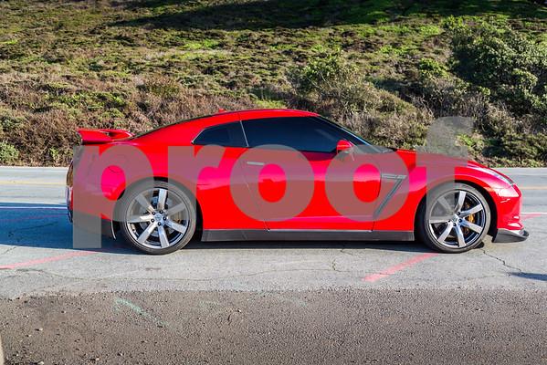 NissanGTR_Red_XXXXXX-1