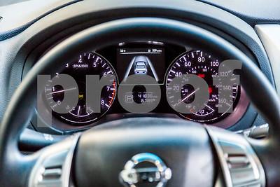 NissanMaxima_GREY_7GGR722-30