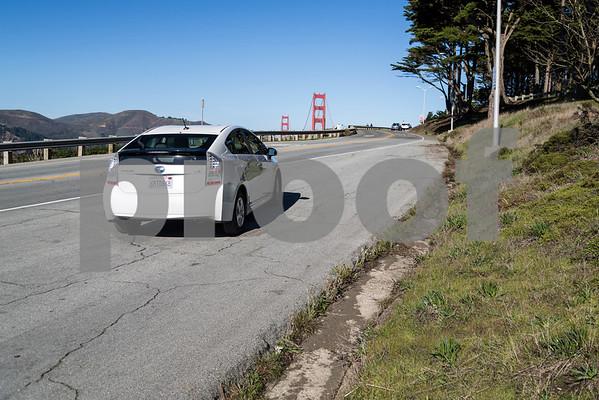 Toyota_Prius_White_6RTD868-9