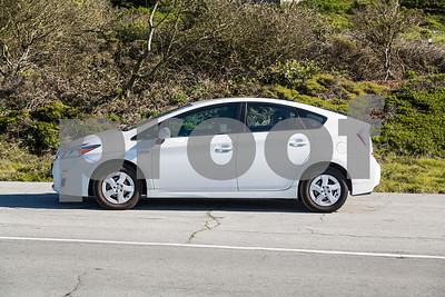 Toyota_Prius_White_6RTD868-5