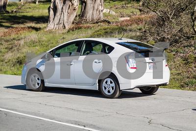 Toyota_Prius_White_6RTD868-8