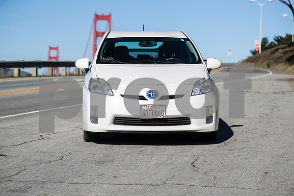 Toyota_Prius_White_6RTD868-12