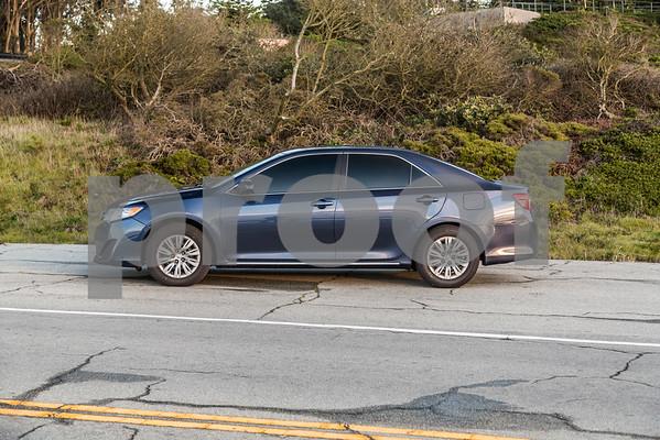 Toyota_Camry_Blue_7V7V850-4
