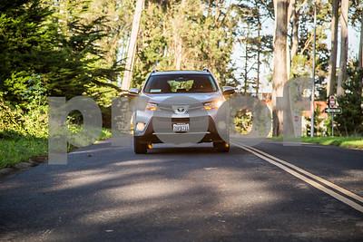 ToyotaRAV4XLE_Silver_7HPB731-9