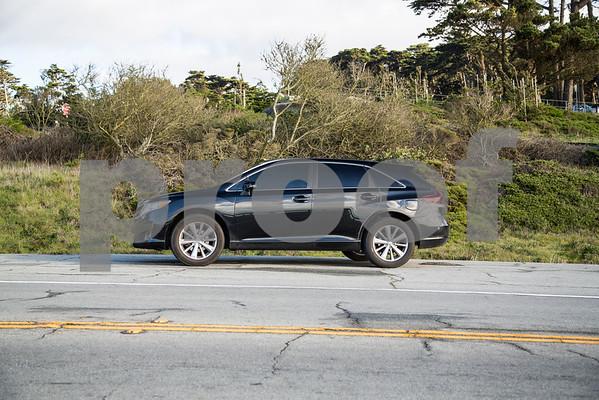ToyotaVenzaLE_Black_7UTC490-4