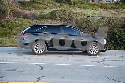 ToyotaVenzaLE_Black_7UTC490-7