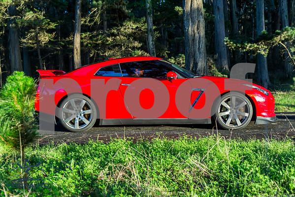 NissanGTR_Red_XXXXXX_4000pixel-19
