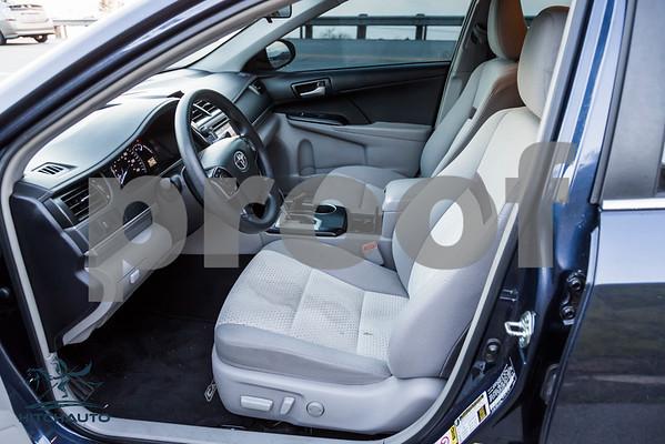 Toyota_Camry_Blue_7V7V850_LOGO_4000Pixel-6945