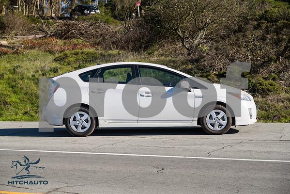 ToyotaPrius_White_6RTD8_LOGO_4000Pixel-8251