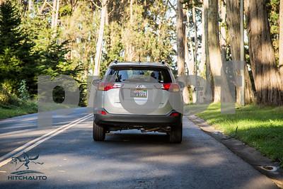 ToyotaRAV4XLE_Silver_7HPB731_4000pixel-1