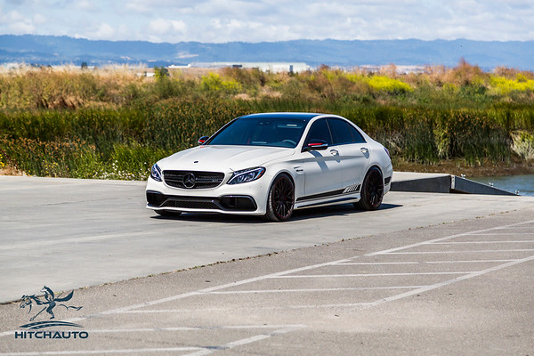 Mercedes_AMG__C63_White_7SRX097-0361