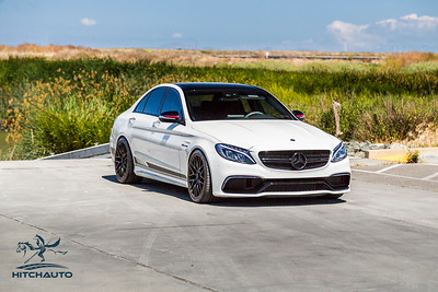 Mercedes_AMG__C63_White_7SRX097-0354