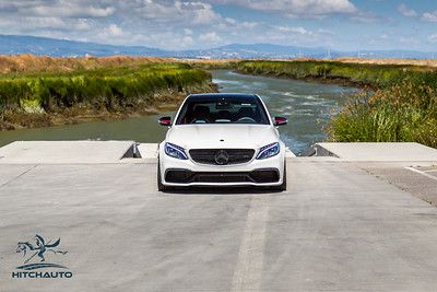 Mercedes_AMG__C63_White_7SRX097--3