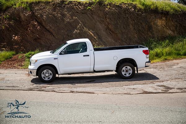 Toyota_Tundra_White_11819c1-6394