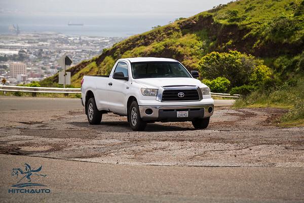 Toyota_Tundra_White_11819c1-6445