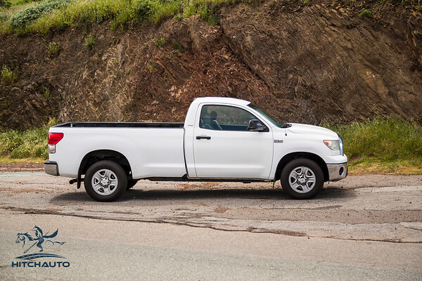 Toyota_Tundra_White_11819c1-6451