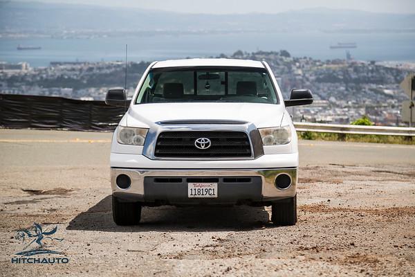 Toyota_Tundra_White_11819c1-6421