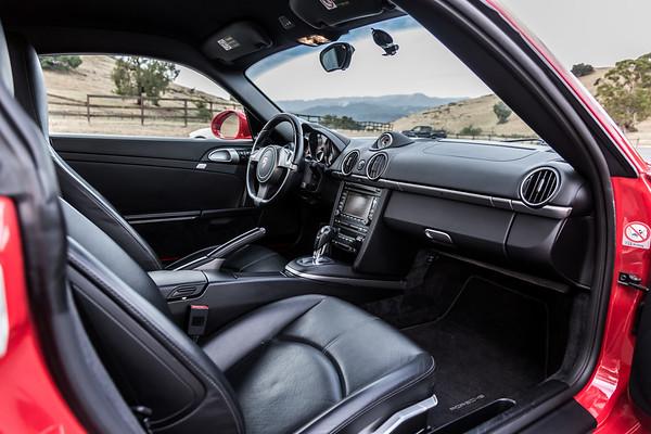 Porsche_CaymanS_Red_8CYA752-2860
