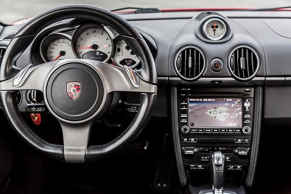 Porsche_CaymanS_Red_8CYA752-2891