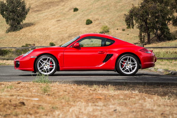 Porsche_CaymanS_Red_8CYA752-3014
