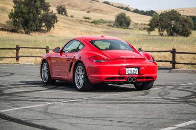 Porsche_CaymanS_Red_8CYA752-2951