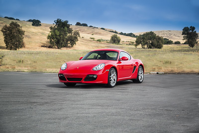 Porsche_CaymanS_Red_8CYA752--2