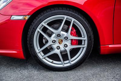 Porsche_CaymanS_Red_8CYA752-2928