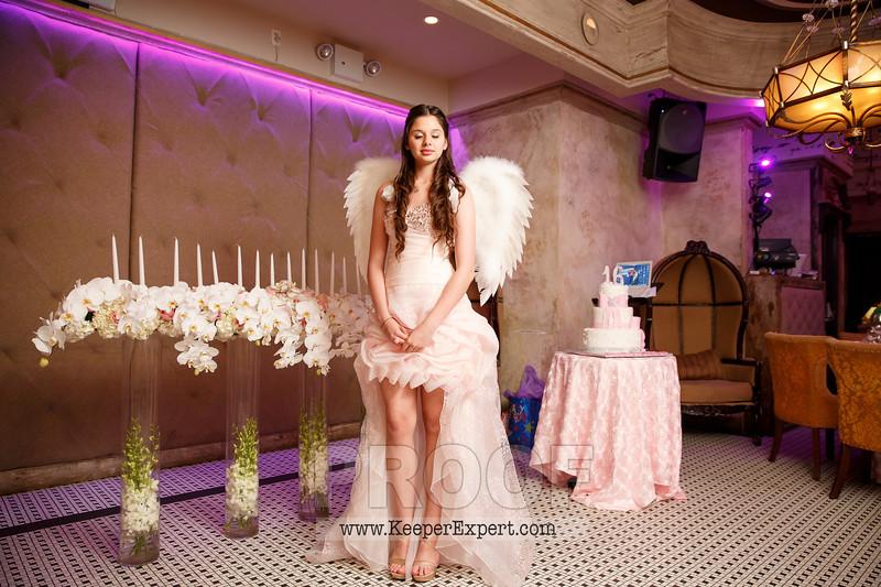 Vanessa's Sweet 16-0416