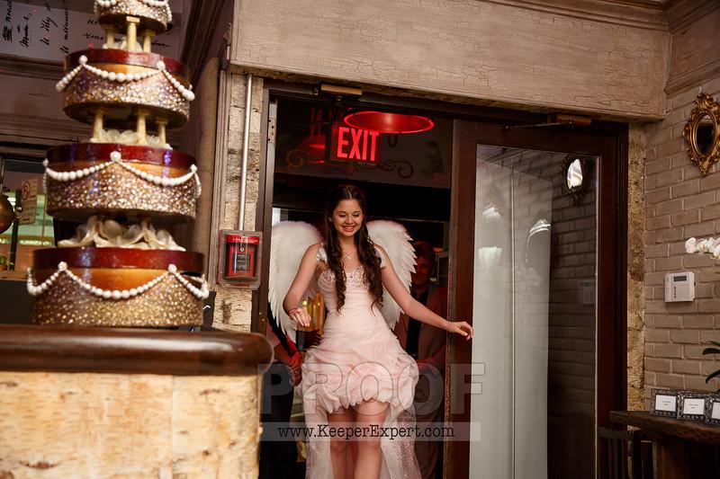 Vanessa's Sweet 16-0377