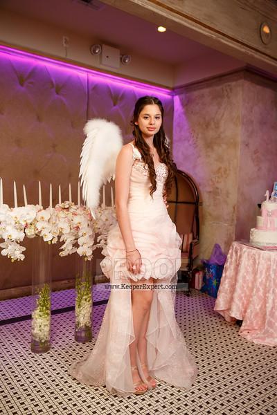 Vanessa's Sweet 16-0418