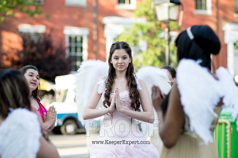 Vanessa's Sweet 16-0053